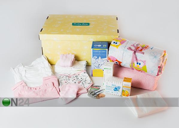 0-3 kuukauden ikäisen tyttövauvan ja äidin laatikko