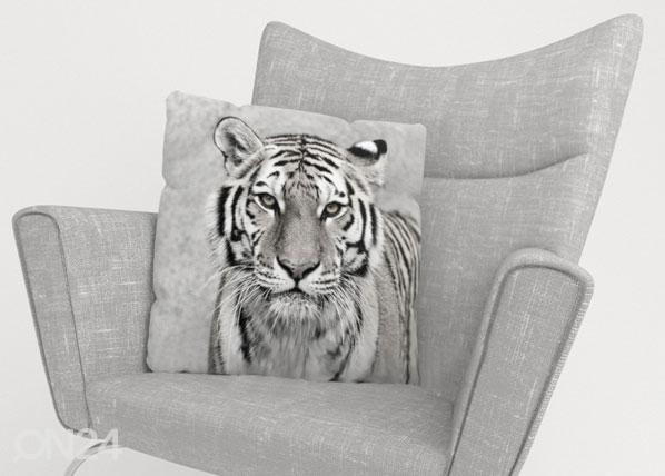 Koristetyynyliina BEAUTIFUL TIGER 45x45 cm