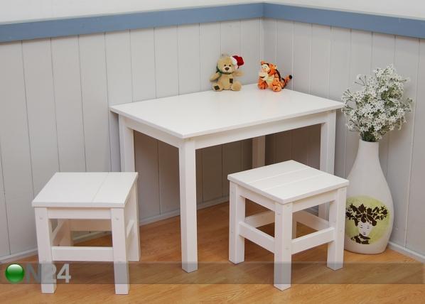 Lasten pöytä + 2 tuolia
