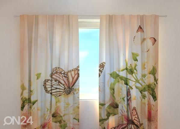 Läpinäkyvä verho IRISES AND BUTTERFLIES 240x220 cm