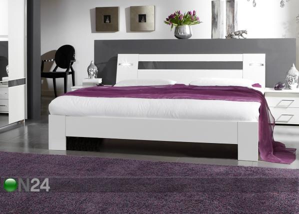 Sänky NIZZA 160x200 cm