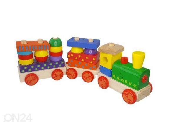 Puinen junarata äänellä