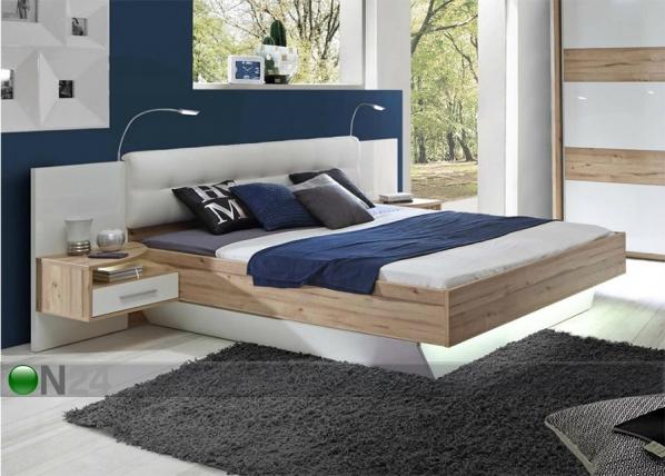 Sänky 160x200 cm ja 2 yöpöytää
