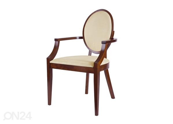 Puinen tuoli käsinojilla