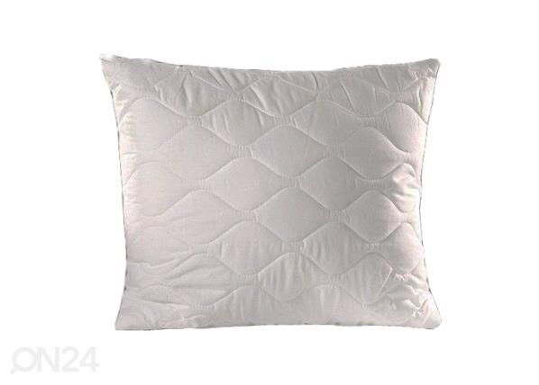 Tikattu tyyny 70x80 cm